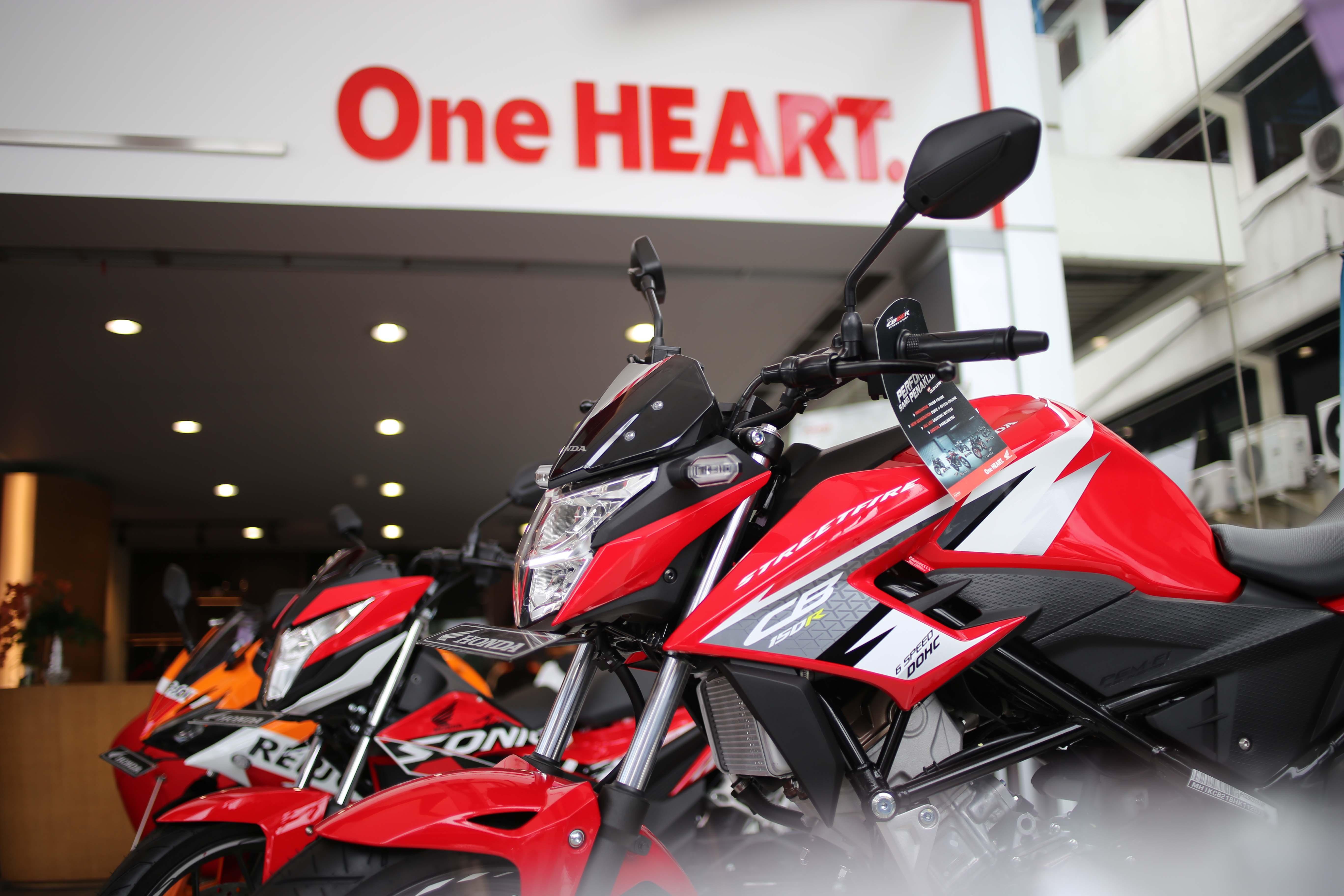 Jual Sepeda Motor Honda Bulan Welcome To All New Cbr 150r Victory Black Red Banyumas Pt Astra Ahm Mencatat Torehan Angka Penjualan Sebanyak 368739 Unit Atau Tumbuh 19